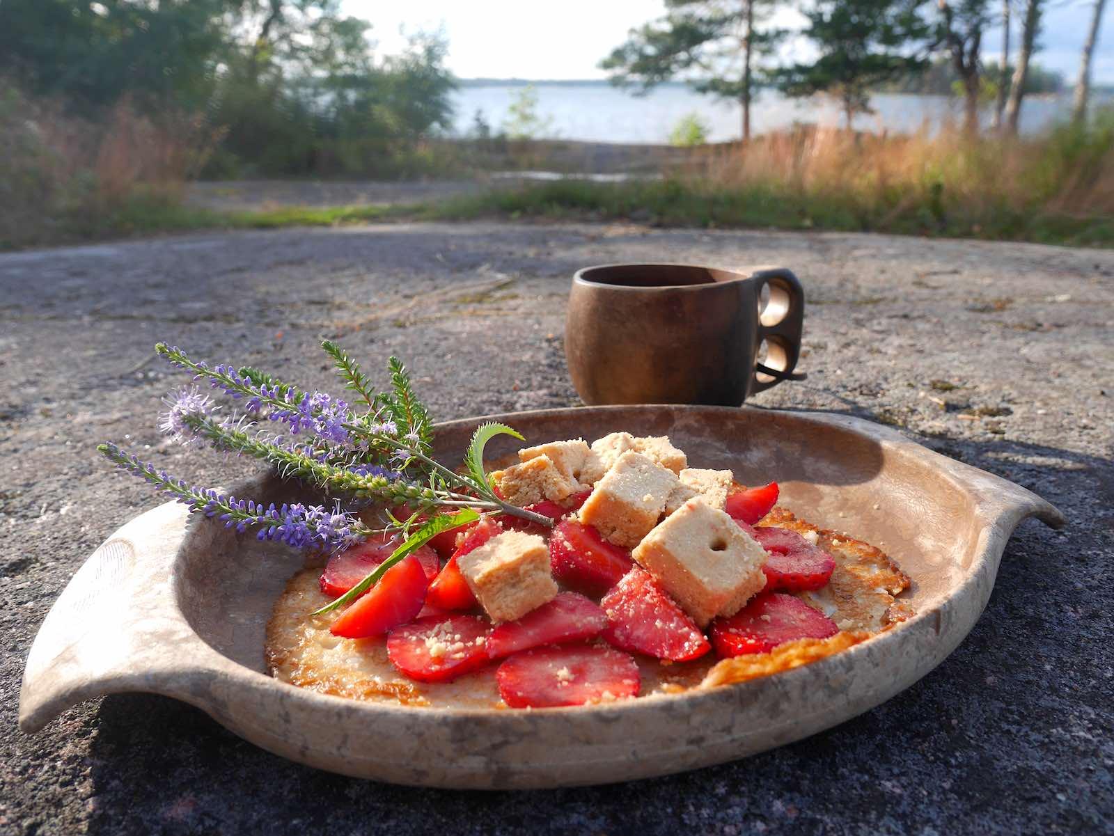 Letut ja kuksa rantakalliolla, Gåsgrund, Espoo